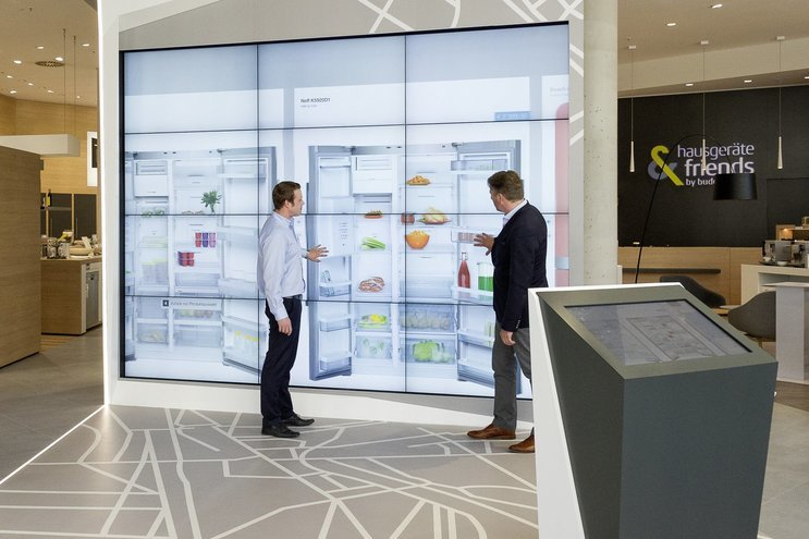 Buddenhagen attracts customers with giant video wall to enhance shopping experience